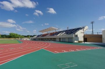 総合運動公園布引陸上競技場(布引グリーンスタジアム)の画像